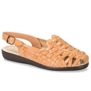 NWOT Softspots Leather Braided Sandals Sz 6 1/2